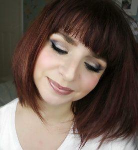 Drugstore blue smokey eye makeup look