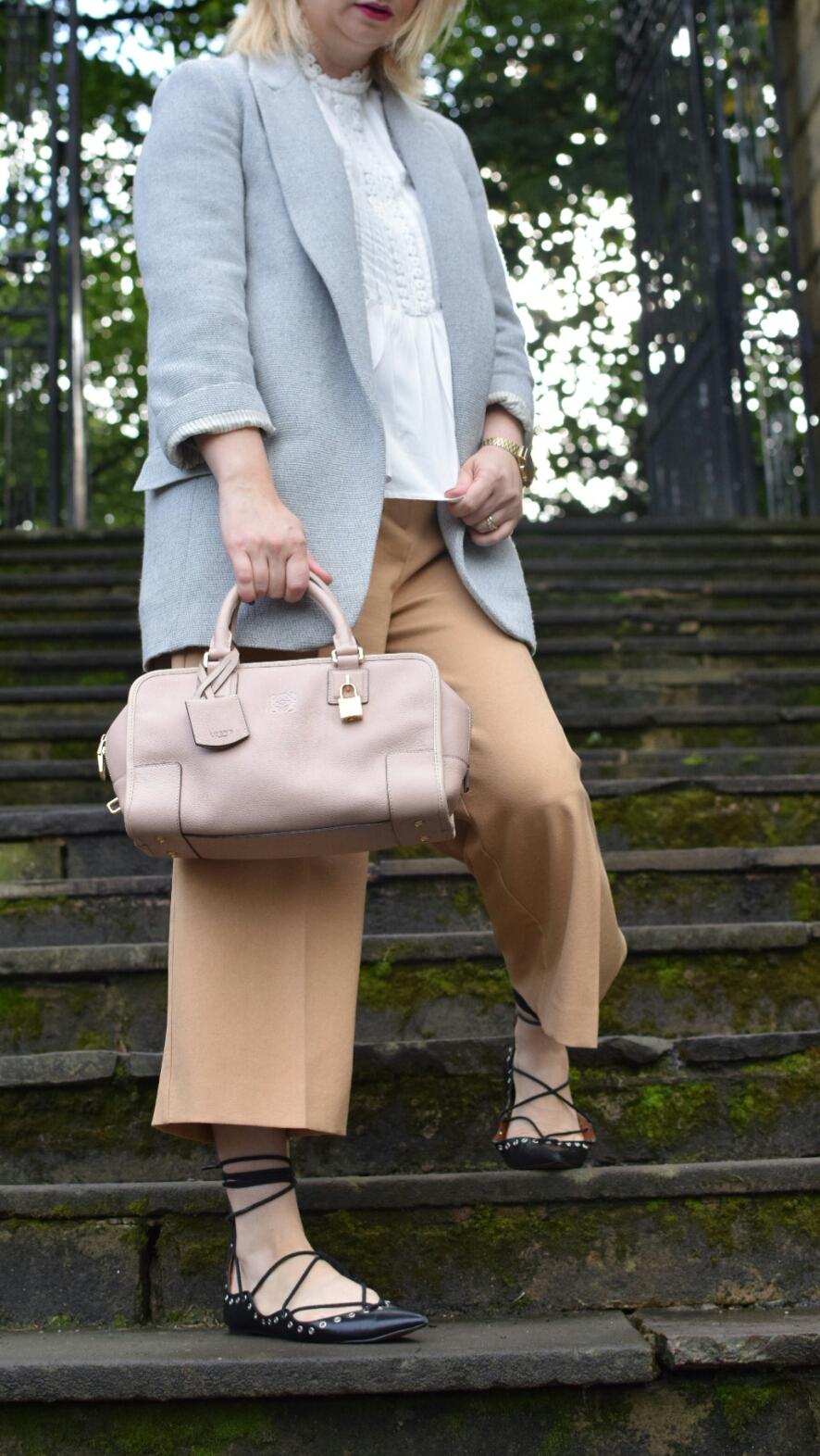 Uncloset Loewe Barcelona Bag