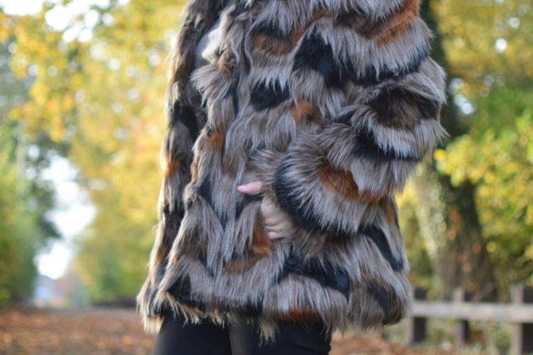 Kaleidoscope ZigZag Faux Fur,Levis711 Jeans, Topshop boots, Paulcostello bag, Topshop Ribbed neck Jumper, Primark Fedora