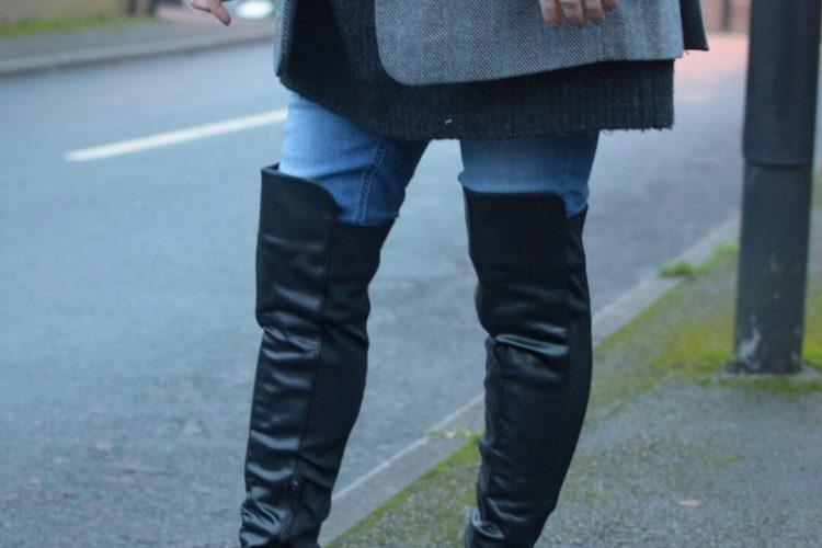 Public Desire Alona Heeled Boots,Asos High waisted Jeans, Zara Oversized Blazer, Zara Oversized Knit