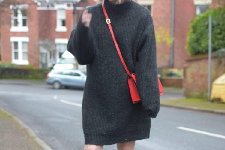 Zara Oversized Sweater Dress, Camelia Roma Tracolla Cross body bag, Zara Leather High Heel Ankle Boots.