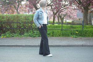 HM Denim Jacket, Zara White Shirt, Mango Flared trousers and Stan Smiths.