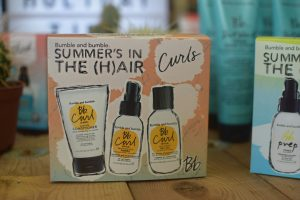 Bumble and Bumble Summer In The Hair Curls Holiday Pack.