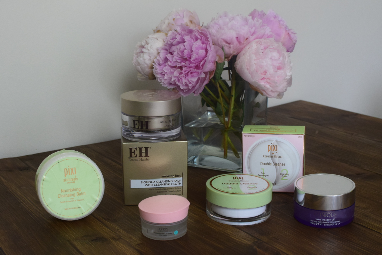 Balm Cleansers Emma Hardie Moringa Cleansing Balm, Clinque Take the day off, Pixi double cleanse, Ponds Cold Cream and Pixi Nourishing Cleansing Balm.